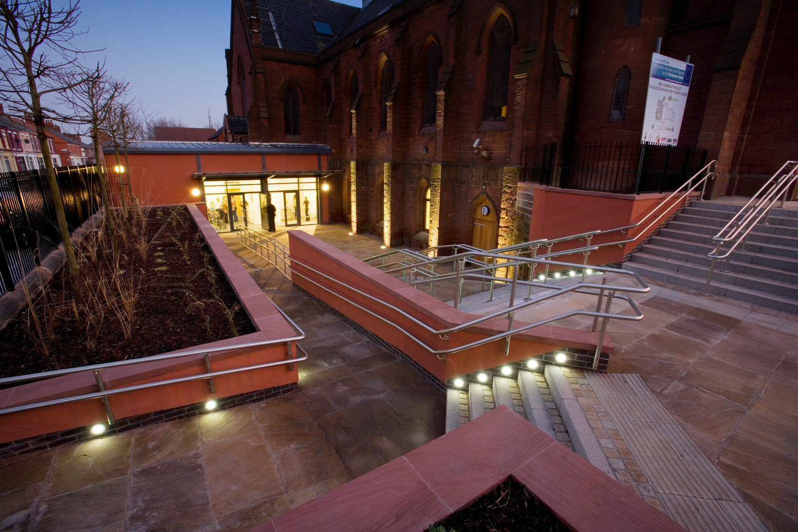 Church-Extension-Holy-Trinity-Church-Liverpool-Architecture